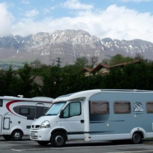 Zegama-Parking autocaravanas-1